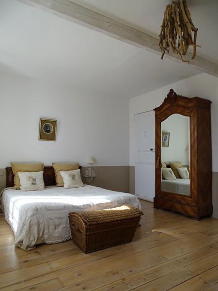 chambre d 39 hotes le logis blanc la campagnarde. Black Bedroom Furniture Sets. Home Design Ideas
